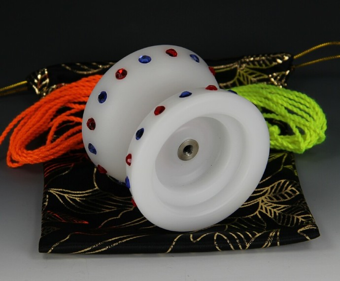 RecRevTA Delrin Plastic, Bearing Axle, Wide Gap Yo-Yo, modded by YoYoSpin