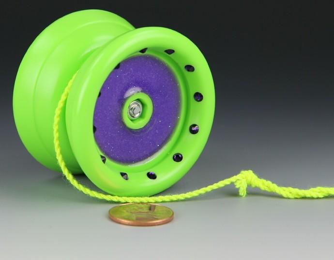 "YoYoFactory ""One"" Bearing Axle Yo-Yo, modded by YoYoSpin"