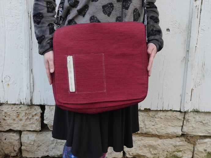 Star Wars Fabric Messenger Style Bag