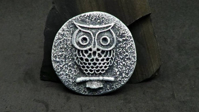 38mm Owl Cabochon or Bead - Faux Gray Basalt Rock