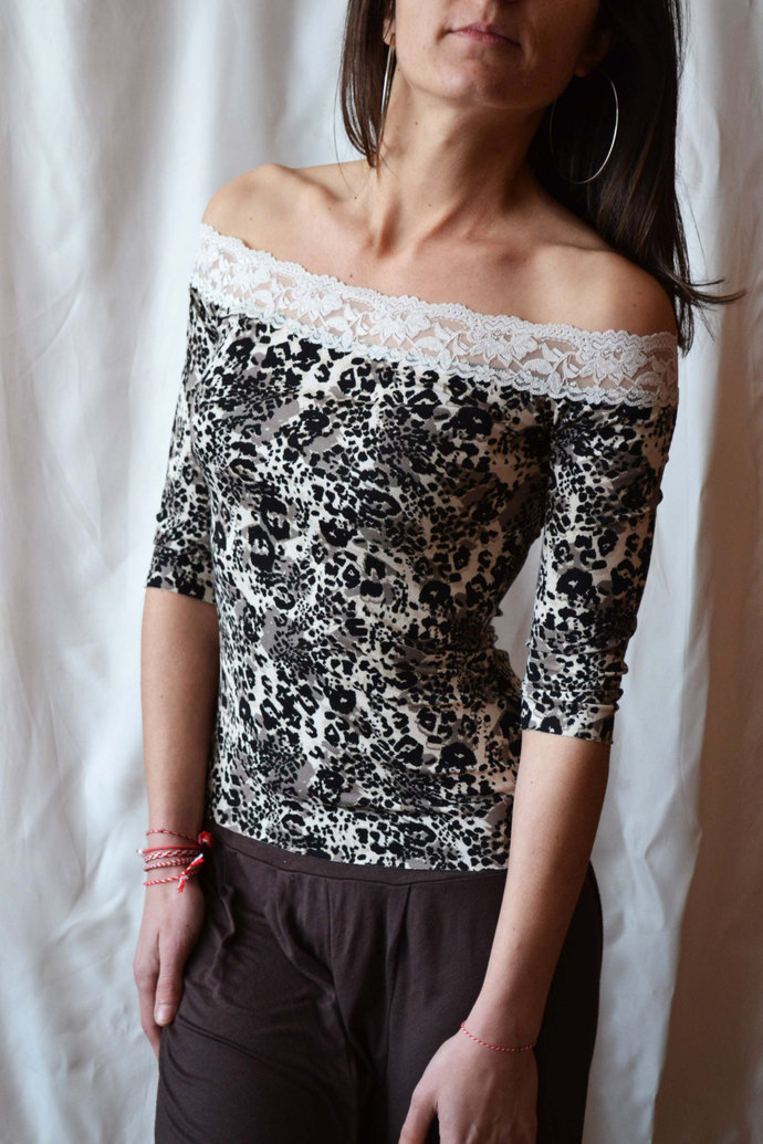 LACE TOP OFF The Shoulder Sexy Romantic Sexy Lace Top Tshirt Black Lace Top Off