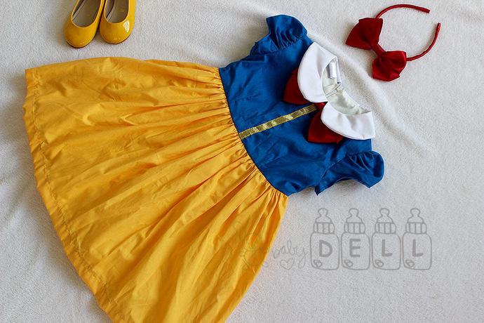 Gifts for her Girl dress Snow white girl dress Snowwhite girl outfits Halloween