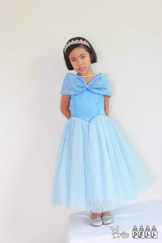 Flower girl dress Ivory flower girl dress Country flower girl dress Rustic