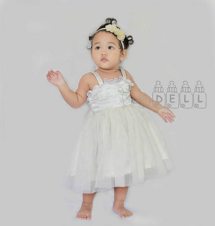 Ivory flower girl dress Lace and tulle flower girl dress  dress country flower