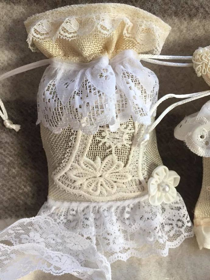 Shabby Chic Gift Bags with Tags