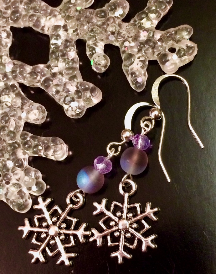 Christmas Holiday Winter Silver Snowflake Lavender Blue Iridescent Frosted Glass