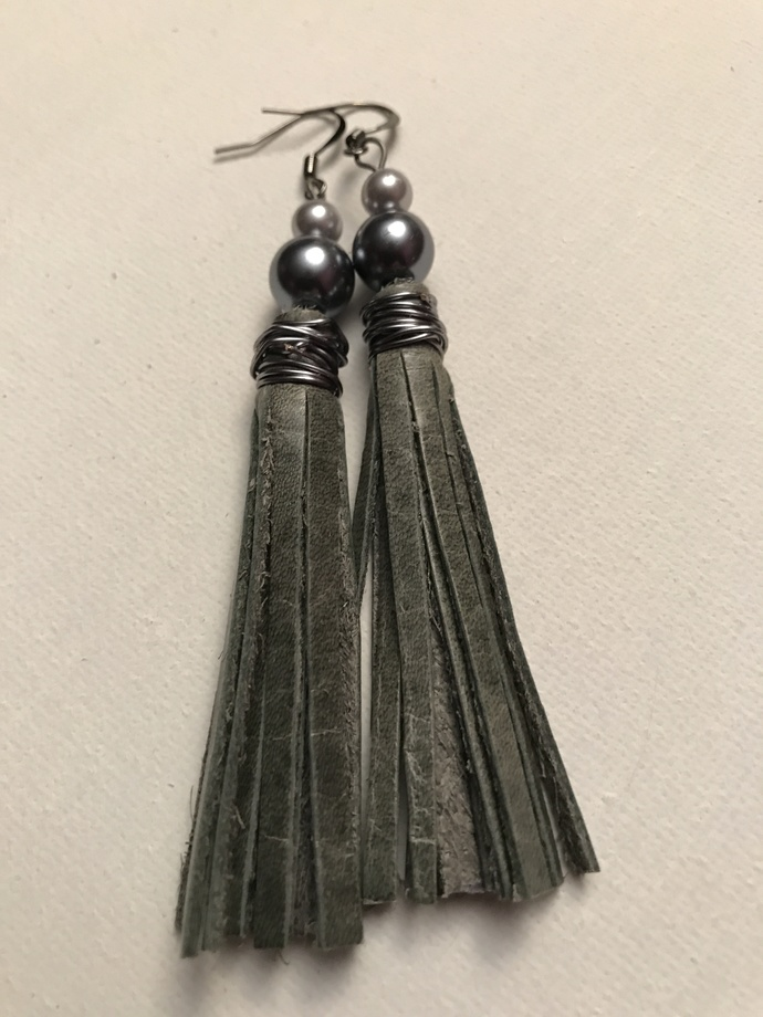 Gray Stone Leather Tassel Earrings