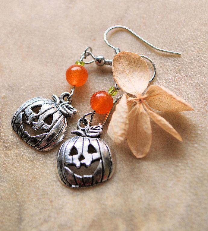 Halloween Earrings, Dangle Earrings, Pumpkin Jewelry, Jack-o-lantern Jewelry,