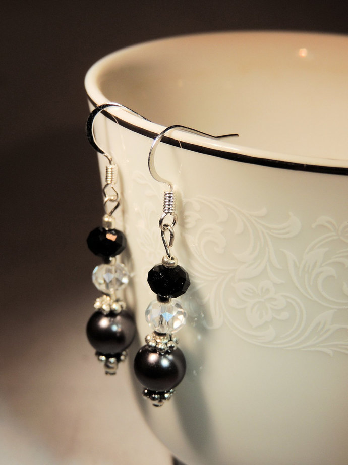 Black Pearl and Crystal Earrings,  Dangle Earrings, Evening Wear, Handcrafted