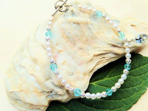 Pearl and Crystal Bracelet, Turquoise and White, Handcrafted Jewelry, Bridesmaid