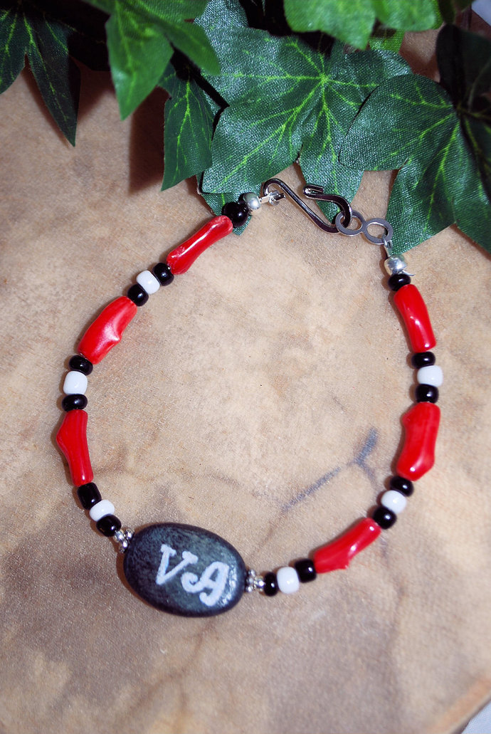Cherokee Language Bracelet, Native Style Jewelry, Red and Black, Handcrafted