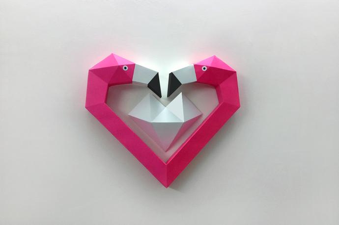 Diy Flamingo Heart Trophyflamingo Decorpdf By Paperamaze On Zibbet