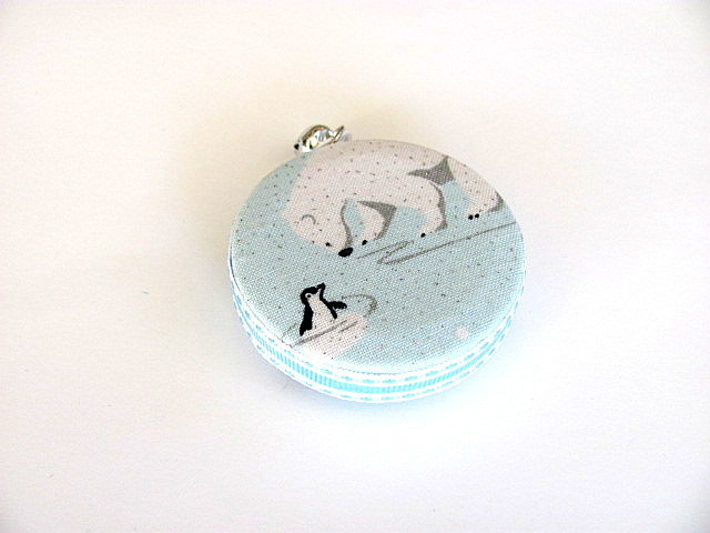 Measuring Tape Polar Bears and Penguins Retractable  Pocket Tape Measure