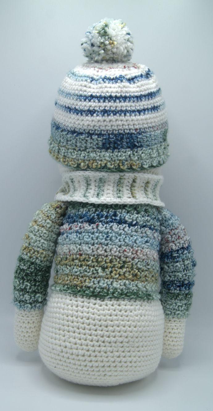 Sweater Snowman Amigurumi/Crochet Snowman/Snowman Art