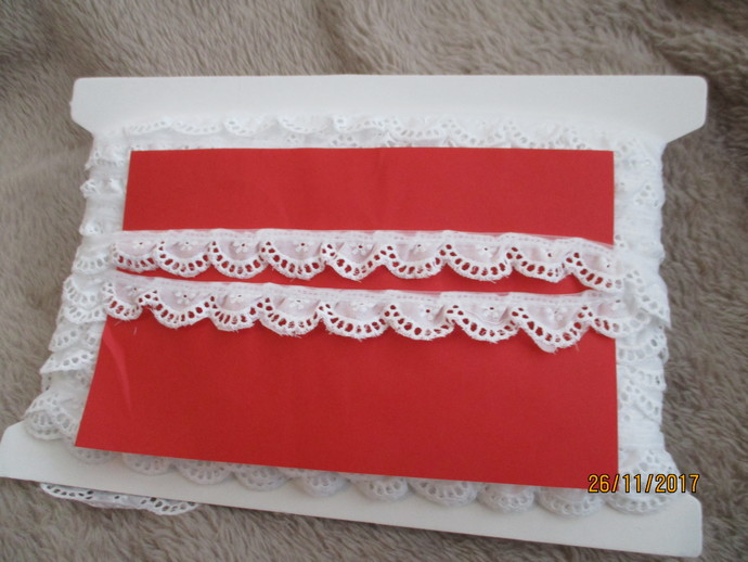 2yd 100% Cotton Frilly Lace - SALE