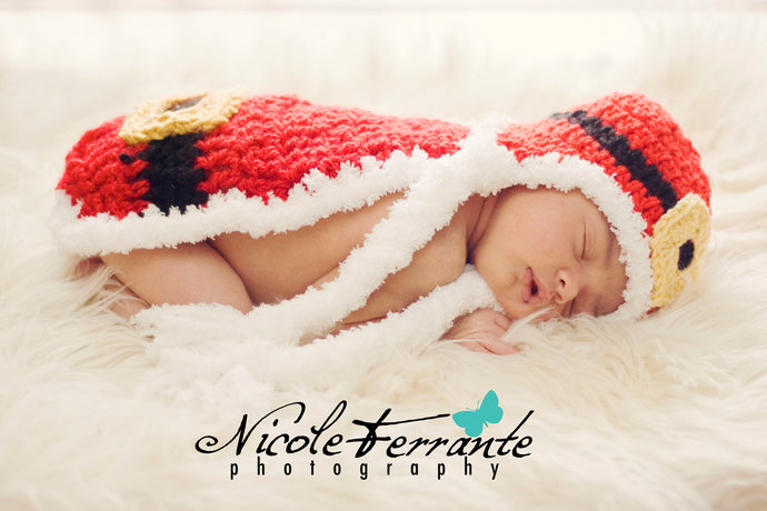 Santa Hat and Cuddle Cape Newborn Baby Set- Crochet Santa Hat and Back Cover,