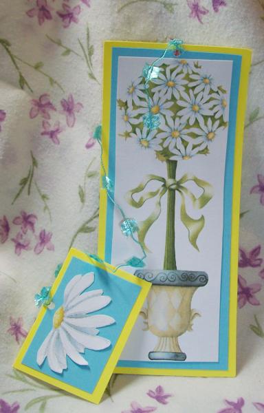 Daisy Topiary bookmark