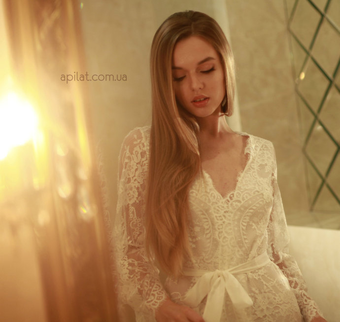 Short Lace Bridal Robe with pure silk crepe lining D4(Lingerie), Bridal