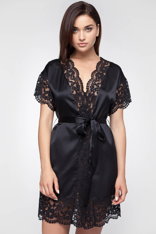 black silk robe - 600×900