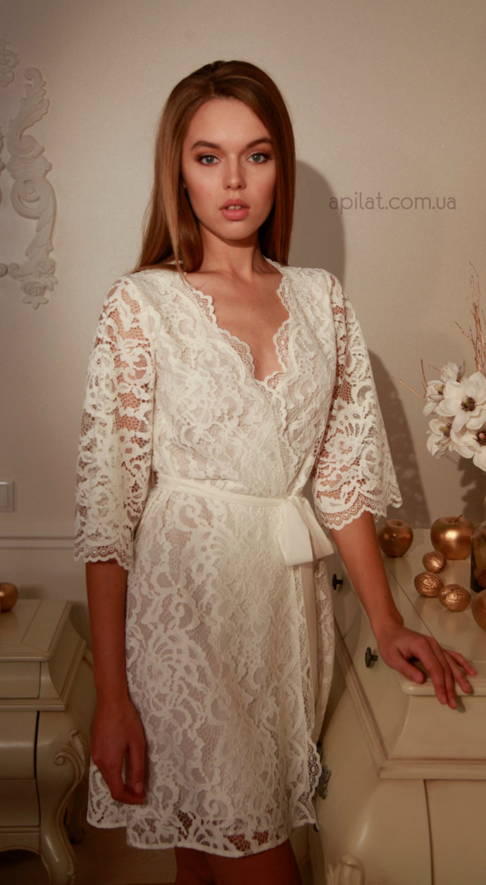 Short Lace Bridal Robe with pure silk crepe lining D3(Lingerie), Bridal