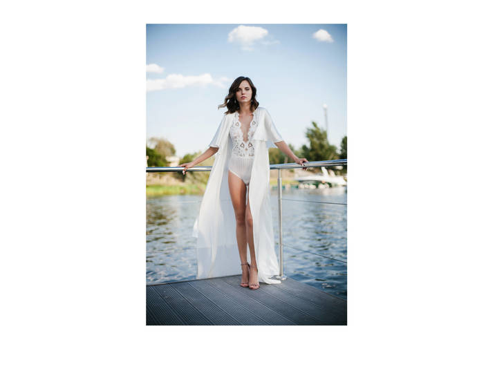 6492f67b470 Long Silk Bridal Robe F30