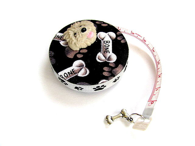 Measuring Tape with Dogs and Bones Retractable Tape Measure