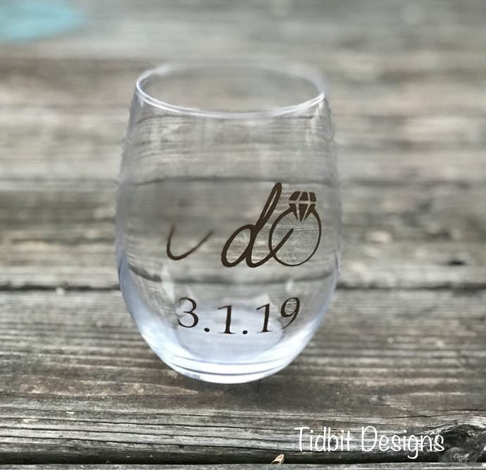 I Do Stemless Wine Glass with Wedding Date / Bachelorette Party, Bridesmaid Gift