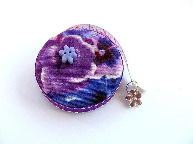 Tape Measure Purple Flowers Retractable Measuring Tape
