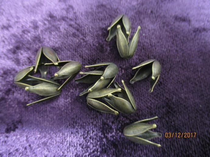 12 x Bronze Bead Caps