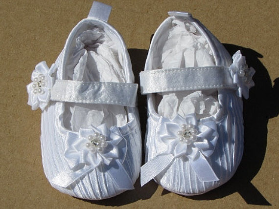 Gift Baby Girl White Rhinestones Bead Flower  Soft Shoes