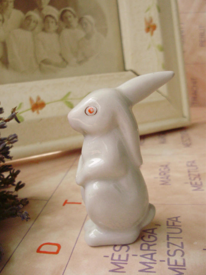 Vintage cute Hungarian Drasche porcelain animal figurine,bunny ,