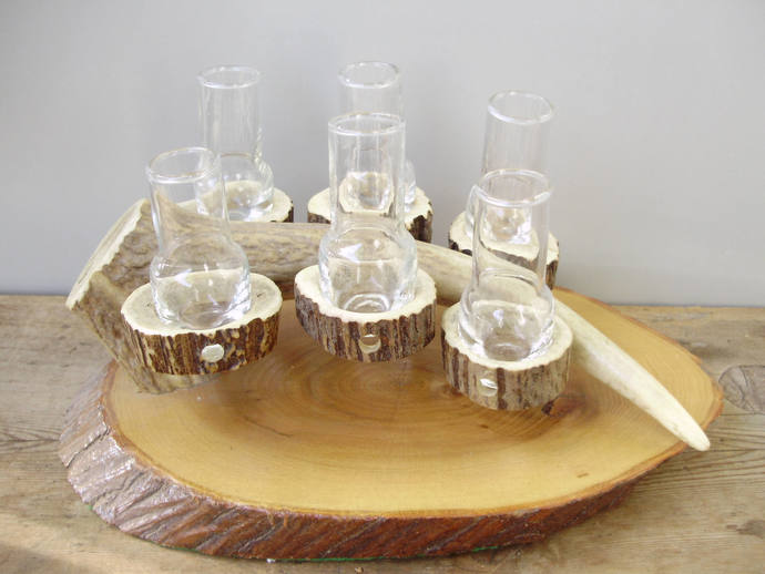 Vintage antler/horn glass barware,  shooters,6 shot glasses on antler and wood