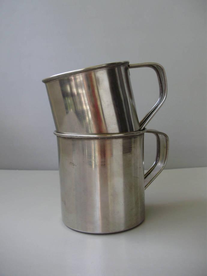 Vintage metal coffee mugs 2 pieces
