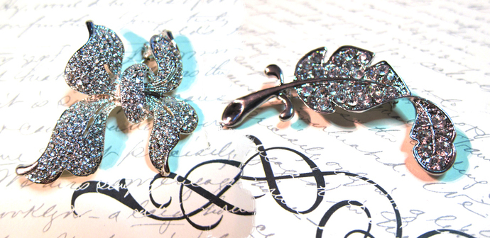 2pcs Large Crystal Bow & Feather Brooches