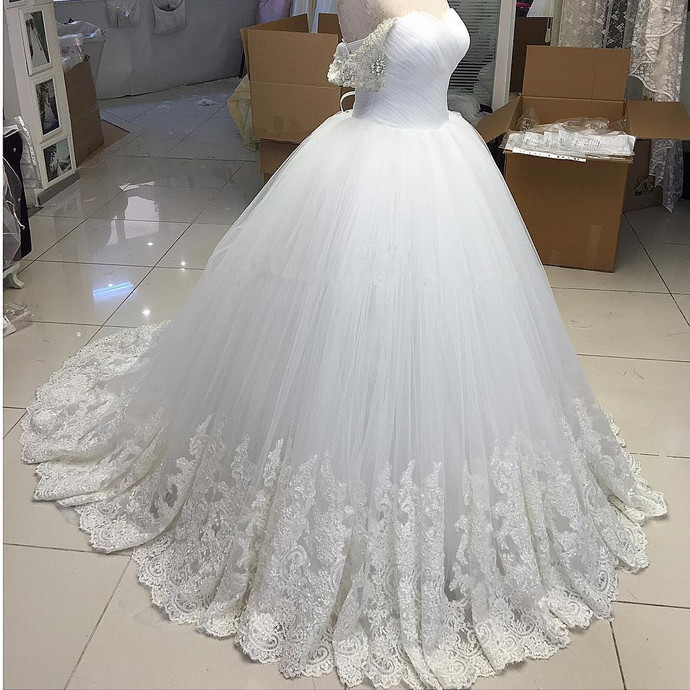 Off-Shoulder Ball Gown Wedding Dress with Lace Appliques wedding dresses