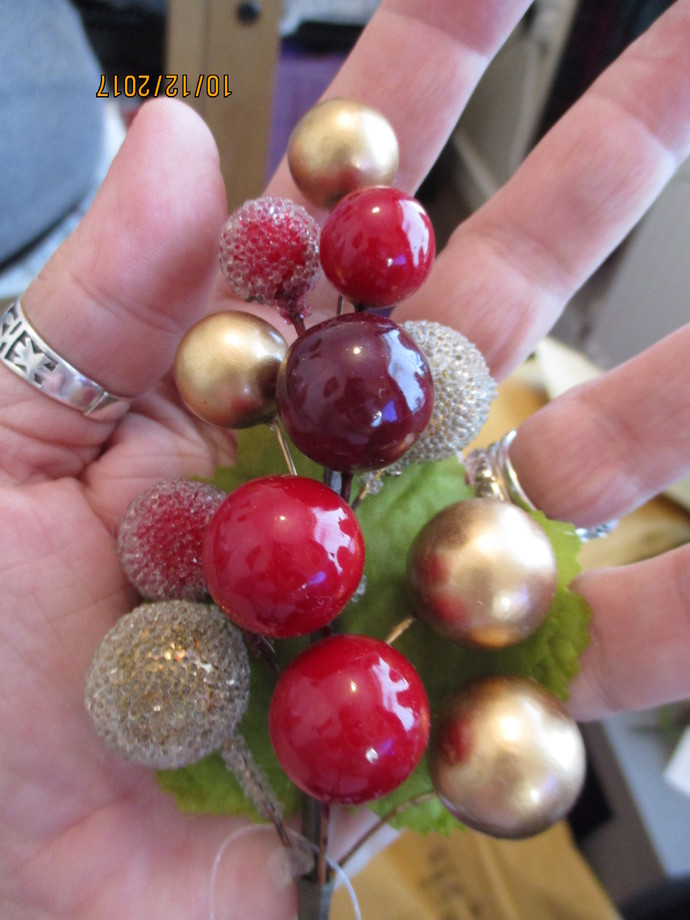 Christmas Berry Bunch