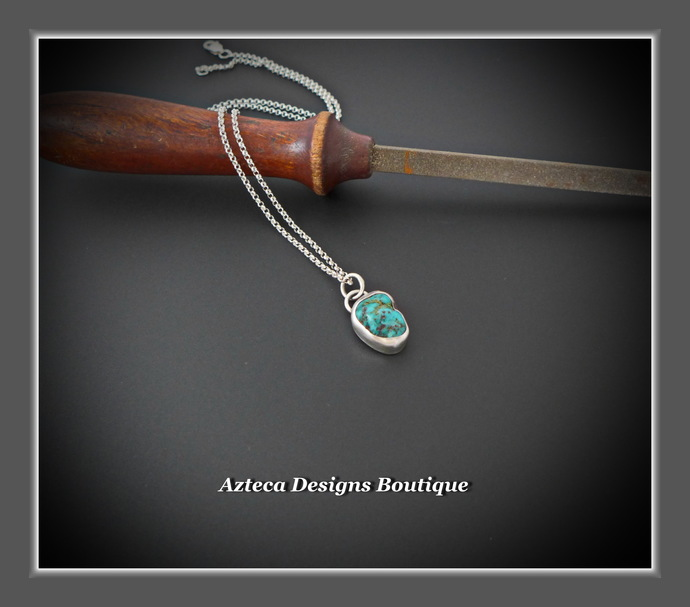 Arizona Turquoise Nugget Sterling Silver Hand Fabricated Necklace Horseshoe