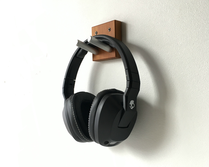 Wall Hook for Headphones in Recycled Wood