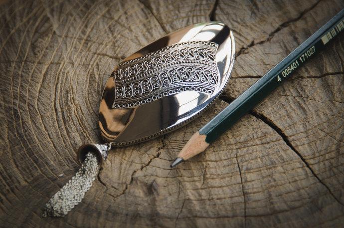 Indonesian Batik Ornamentation Sterling Silver Brooch / Exclusive Design / 925