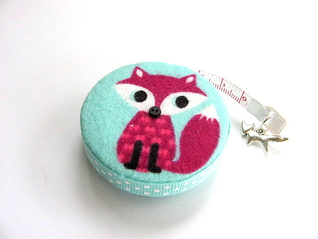 Pocket Tape Measure with  Flannel Foxes Retractable Measuring Tape