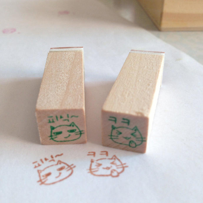 2 mini Wooden Rubber Stamps: Cute Kitty Expression