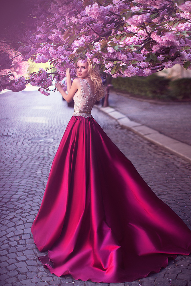 A-Line Jewel Rose Red Satin Prom Evening Wedding Dress with Lace