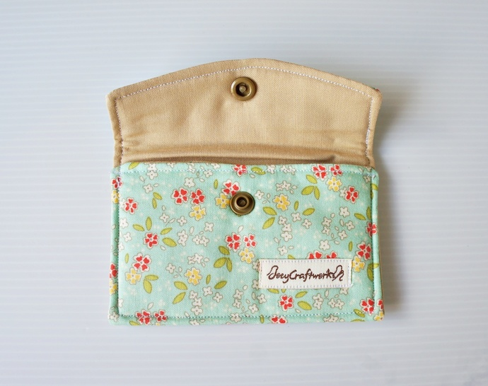 Green Floral Fabric Snap Card Holder