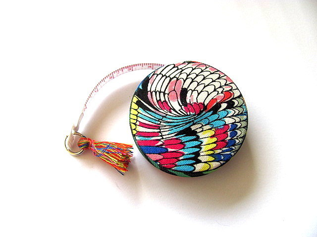 Measuring Tape with Modern Rainbow Design Retractable Tape Measure