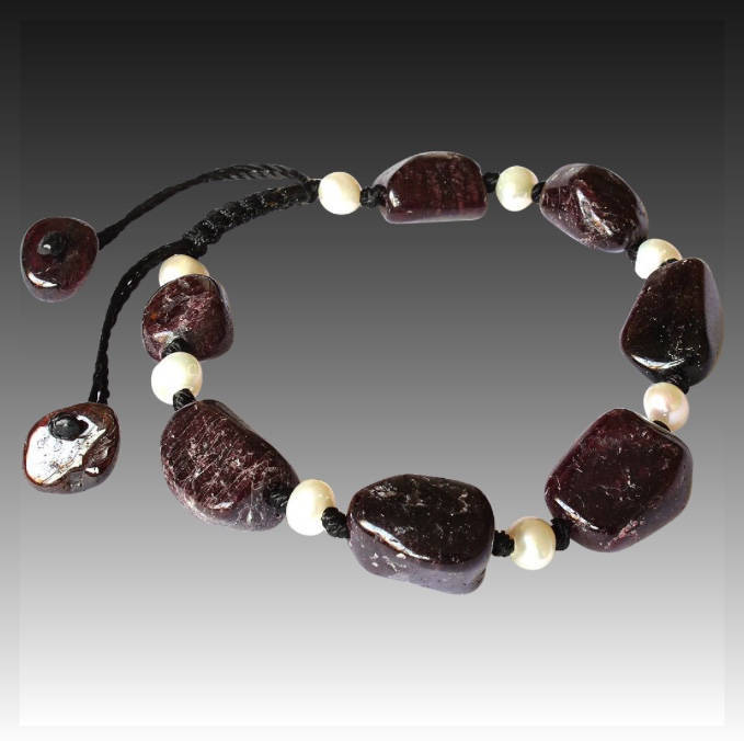 Rubellite Bracelet with white freshwater Pearls