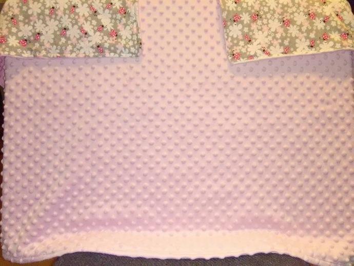 Kinky dot blanket