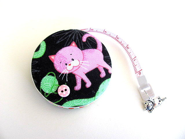 Tape Measure with Pastel Pink Cats Retractable Tape Measure