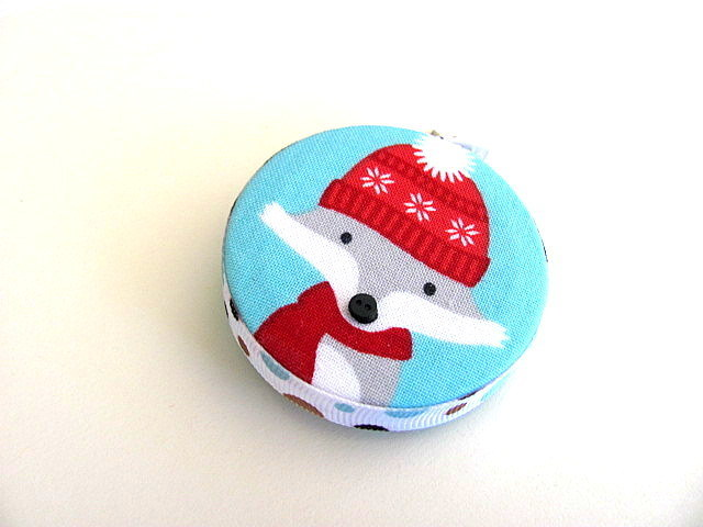 Tape Measure with Winter Foxes Retractable Measuring Tape