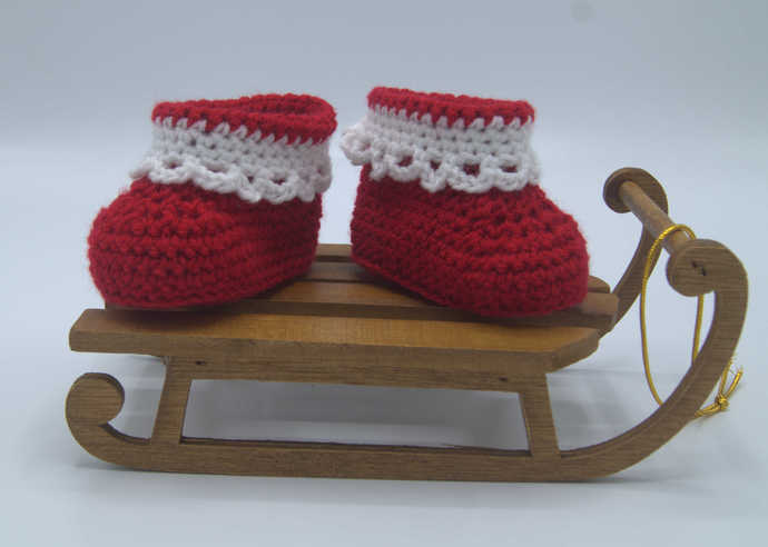 Crochet Baby Booties ( 0-3 months)/Baby clothing/Handmade Baby Clothes