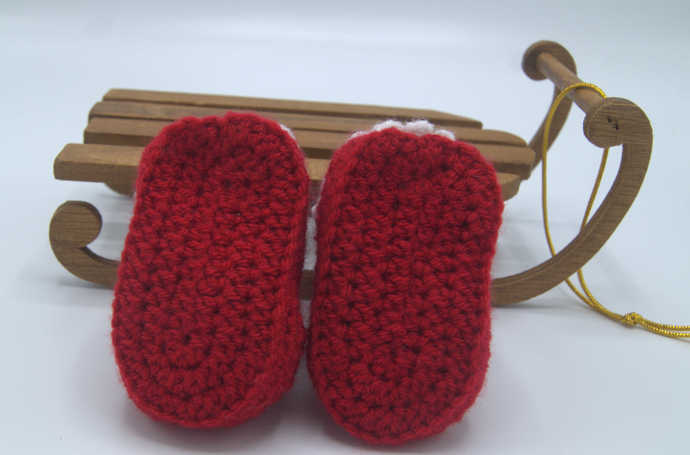 Crocheted Baby Booties ( 0-3 months)